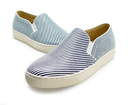 URBAN TREKKER  Navy Stripe Slip-On (4RX 5335 UNW)